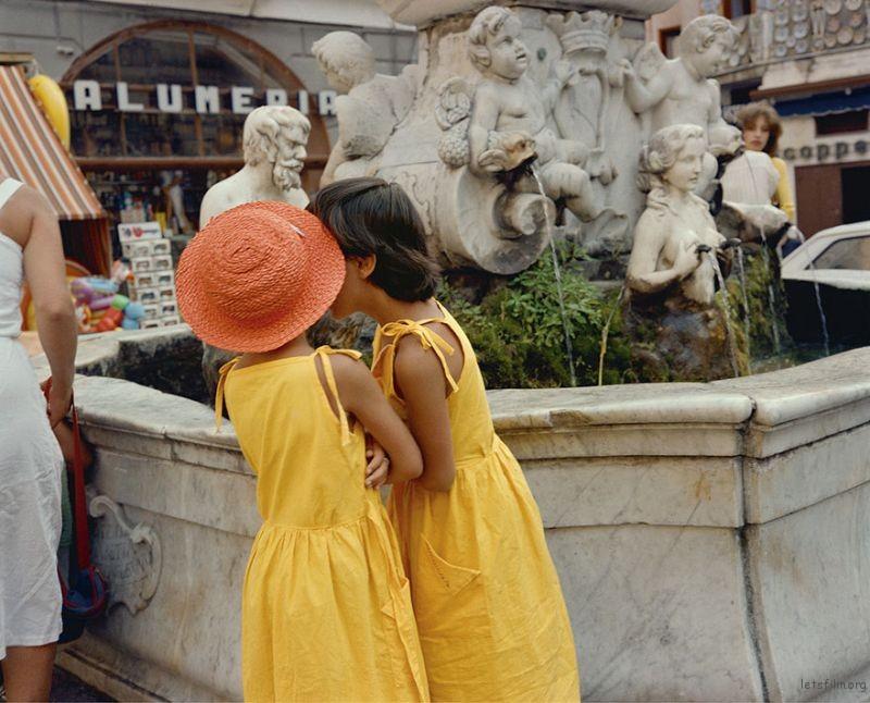 1980s-italy-rare-photos-la-dolce-vita-charles-traub-27-599c26e1f0623__880