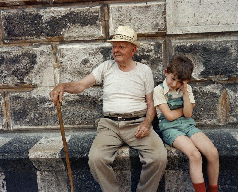 1980s-italy-rare-photos-la-dolce-vita-charles-traub-28-599c26e405ec1__880