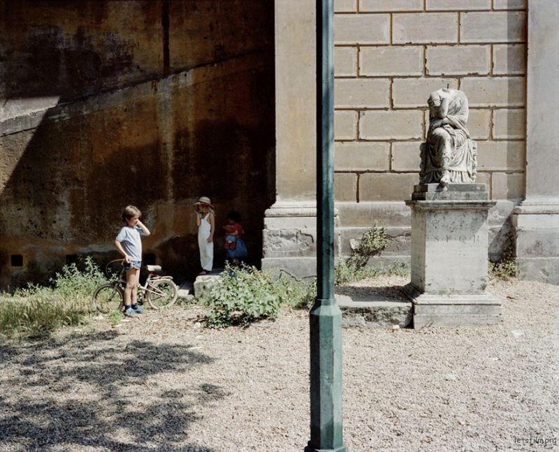 1980s-italy-rare-photos-la-dolce-vita-charles-traub-39-599c26fd0ae61__880