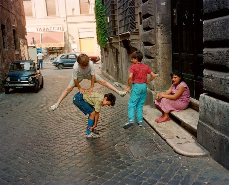 1980s-italy-rare-photos-la-dolce-vita-charles-traub-51-599c271ad68ba__880
