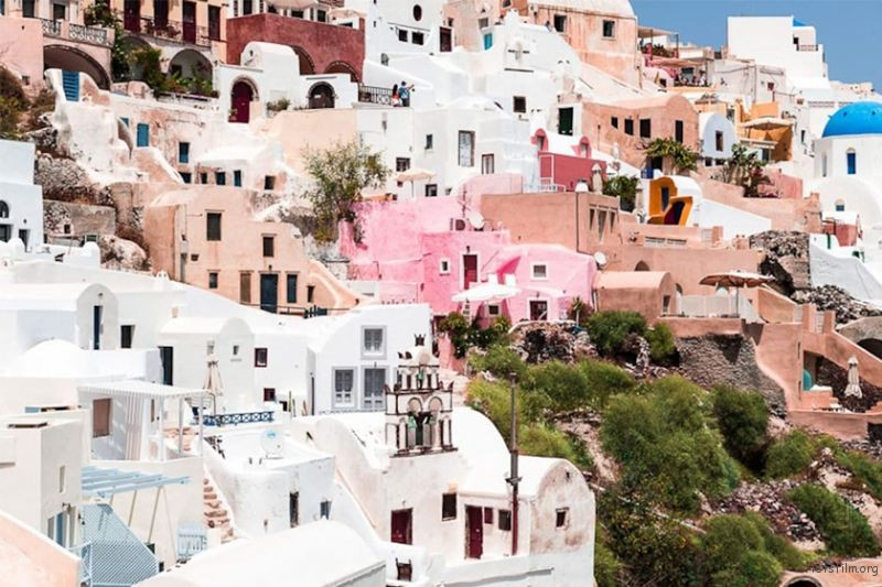 5-TRAVEL-DESTINATIONS-FOR-PASTEL-LOVERS-3