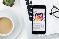 简直是最佳Social Media 的代表!Instagram 原来有效治疗抑郁?!