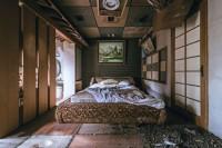 摄影师潜入废弃的日本情爱酒店,拍下它们最后的样子