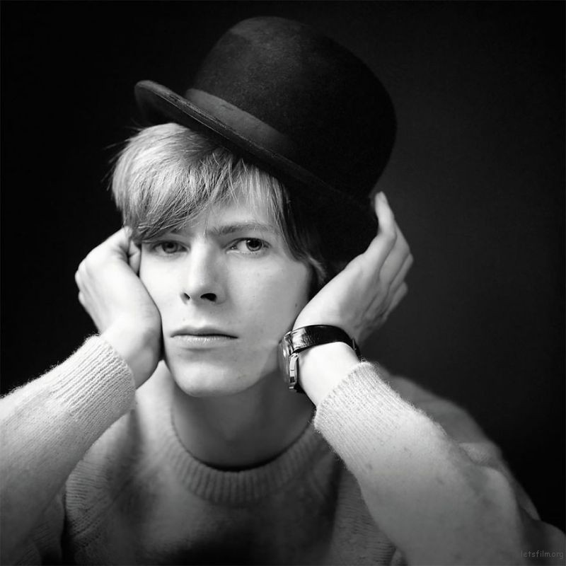David-Bowie-The-Rock-Chameleon-Before-Being-Famous-599037b9241a6__880