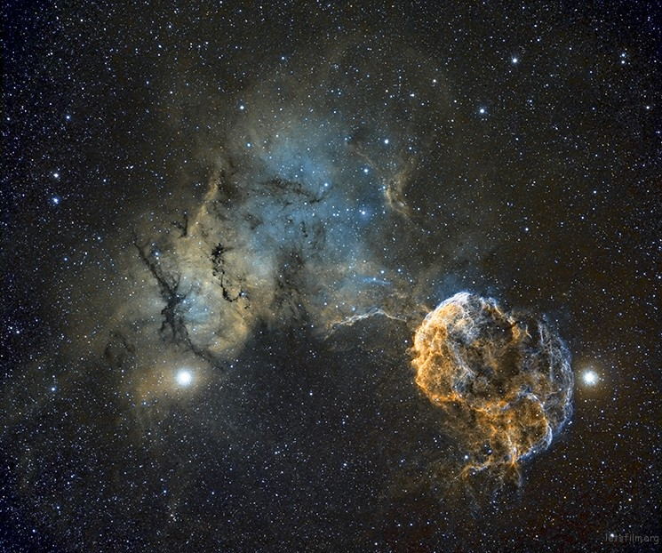Sh2-249 Jellyfish Nebula © Chris Heapy (UK)