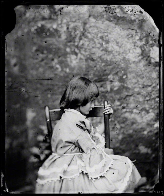lewis-carroll-alice-liddell-photos-1