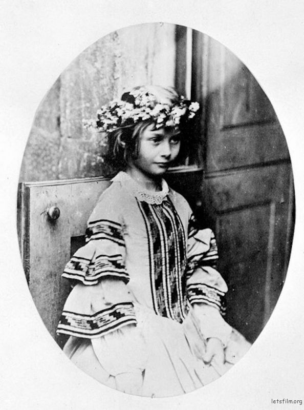 lewis-carroll-alice-liddell-photos-4