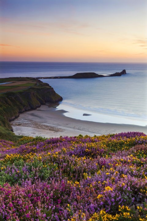1499744877-rhossil-bay-beach-wales