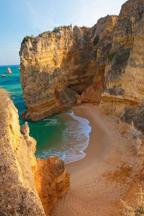1499744918-dona-ana-beach-portugal