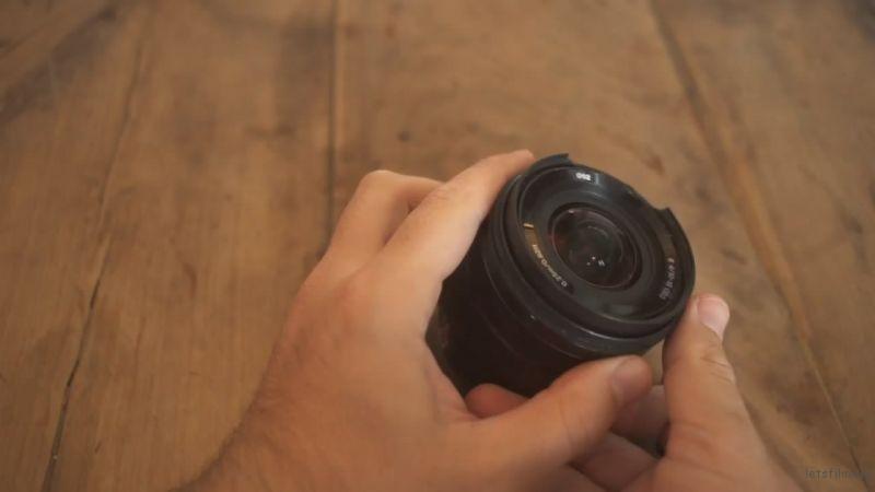 变焦环已经不能用,镜头基本上算是废了