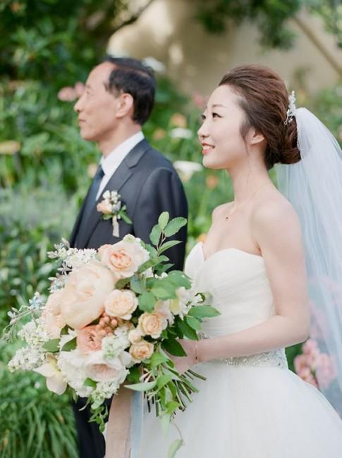 romantic-pastel-wedding-Stella-Yang-Photography-Glamour-Grace-14