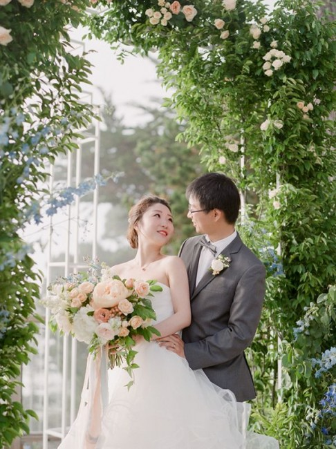 romantic-pastel-wedding-Stella-Yang-Photography-Glamour-Grace-40