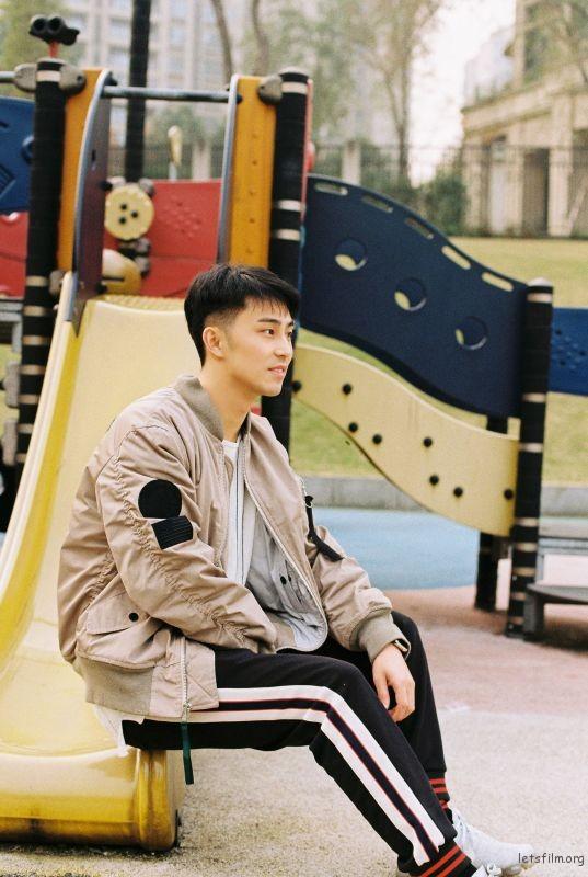 呈林 (22)