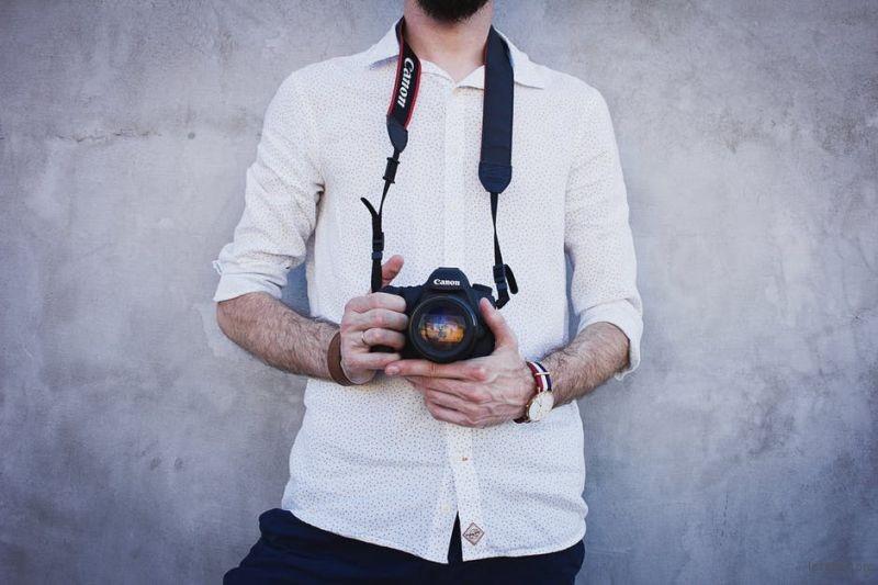没有金刚铁手?这几种手持相机防抖姿势你都学会了吗? | 胶片的味道
