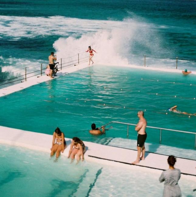 悉尼最著名的bondi海滩。
