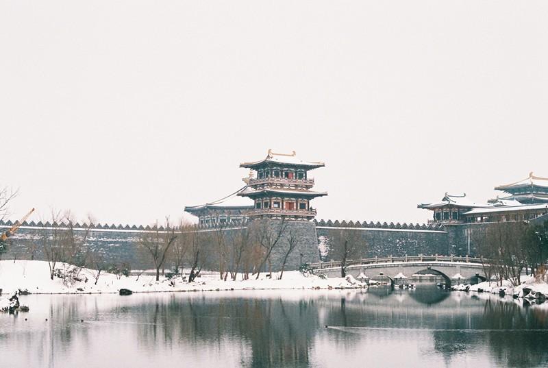今年一月,唐城的雪