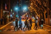 怎么拍才能让你的街头摄影看起来不那么无聊