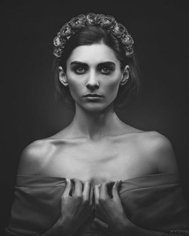 Photo by Dmytro Tolokonov