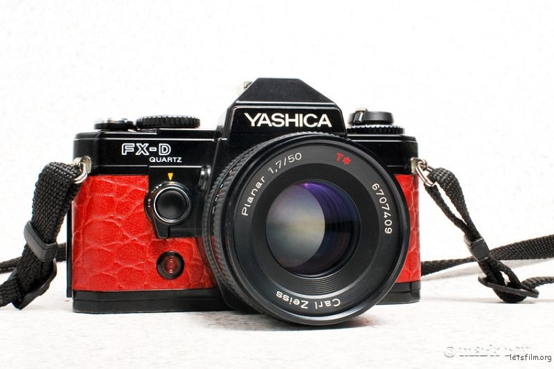 Yashica_FX-D