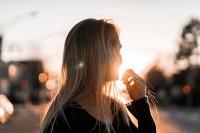 怎样减少照片中的眩光?