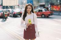 [21865] 每个女孩都不也一样.HK