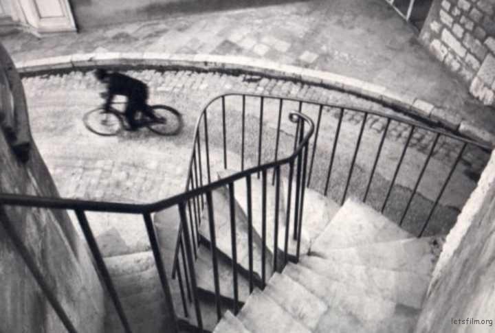 Photo by Henri Cartier-Bresson