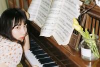[22389] 钢琴少女